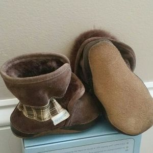 1786a1b50686 Robeez Shoes - Robeez Cozy Ankle Boots Brown Soft Soles